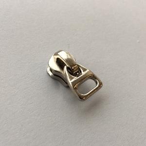 Бегунок для металлической молнии тип 5. № M56+JH40